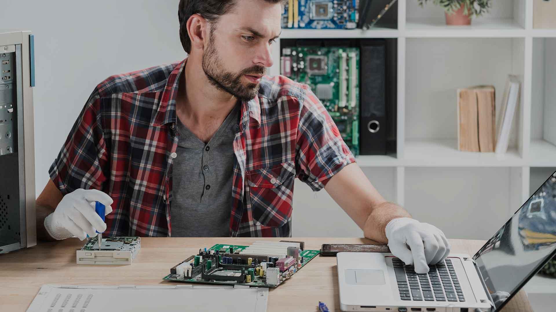 Formateo y mantenimiento de computadoras